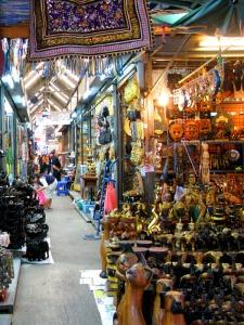 Chatuchak-market-Bangkok - travelingguideinfo