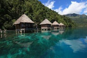 pantai Ora di Pulau Seram