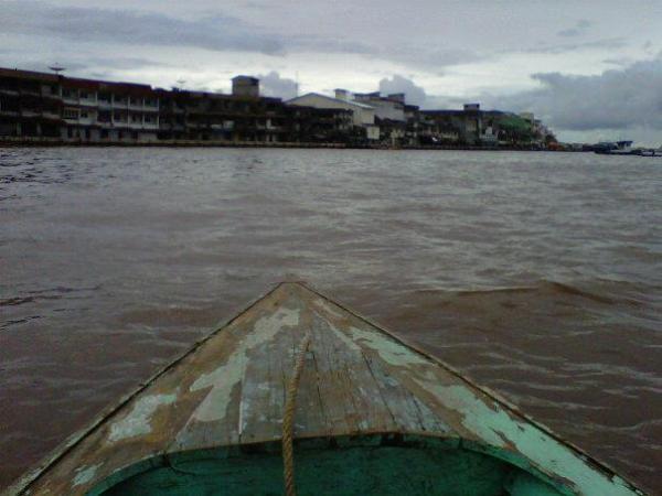35. Sungai Kapuas