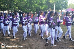 Rombongan marching band