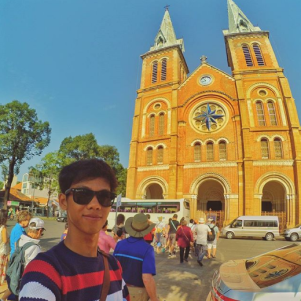 Agus di Vietnam